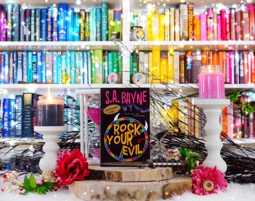 Rock your evil pic by bookbookowl